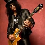 Saul Hanson, also known as Slash, the main guitarist in the band Guns N' Roses, has been sober since 2006. He is considered to be one of the best electric guitarists.